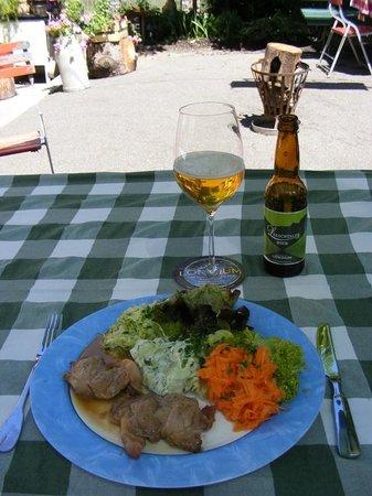 Landgasthof Gritschacher: Salatvariation mit Holzfällersteak