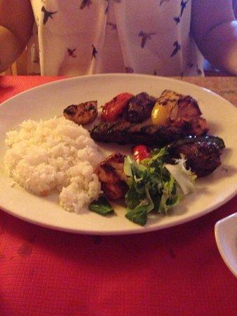Mina Restaurant: Mixed meal