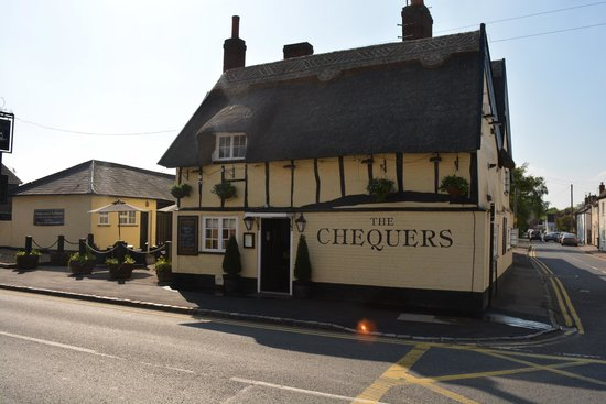 The Chequers Pub & Kitchen