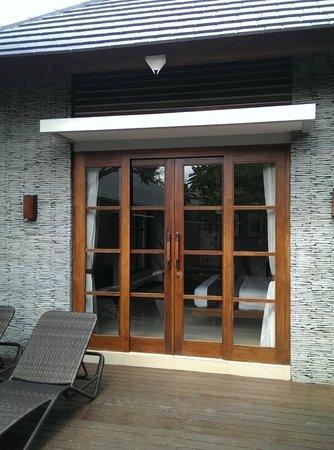 The Wolas Villas & Spa: Room entrance