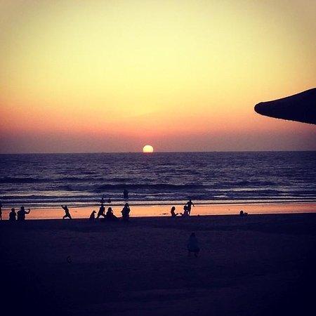 Laughing Buddha Restaurant & Beach Huts: Sunset View from Laughing Buddha