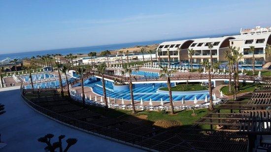 Jacaranda Club & Resort: :)