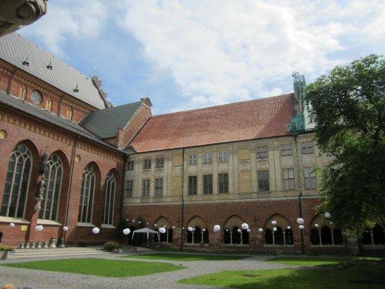 Riga Cathedral: Внутренний двор собора