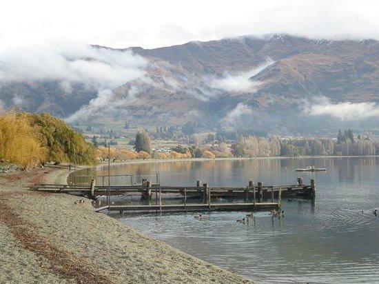 Oakridge Resort Lake Wanaka: Lake Wanaka Fog