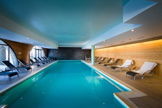 Chalet Hôtel Kaya : La piscine