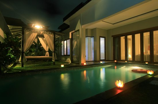 Amor Bali Villa: Your own private pool which are accessed from bathroom, bedroom, living room