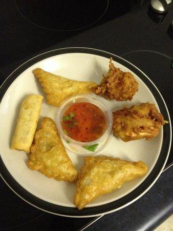 Bangkok Rose Thai Restaurant: Delicious assortment of entrees