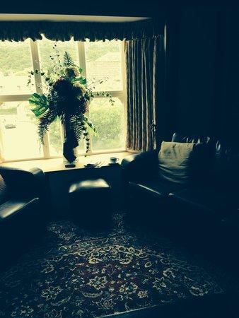 Knighton Hotel residents lounge