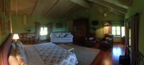 Cascina Corte Bed & Breakfast : Grünes Zimmer