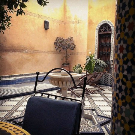 Riad Layalina Fez: Patio