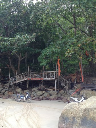 Skyla's Beach House : Being demolished 26 June 14