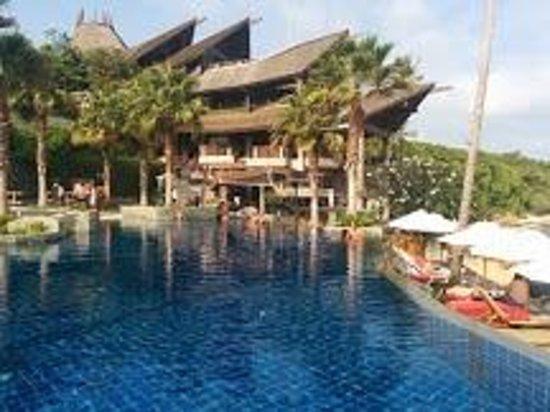 Nora Buri Resort & Spa: View of pool