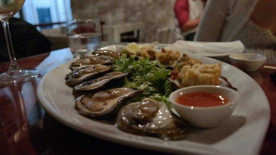 Oyster & Sushi Bar Bota: so fresh~