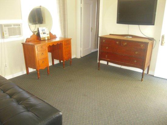 Americas Best Value Inn & Suites - Royal Carriage: Salon