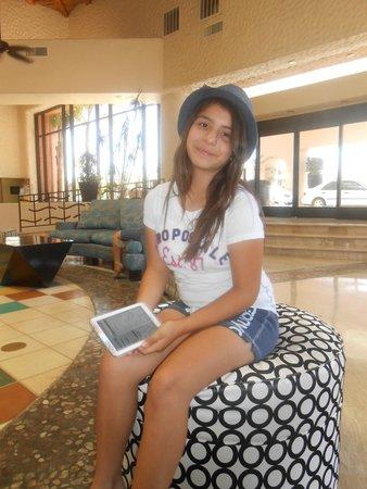Penasco Del Sol Hotel: Lobby/checking in