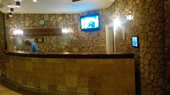 Viva Wyndham Dominicus Beach: Reception