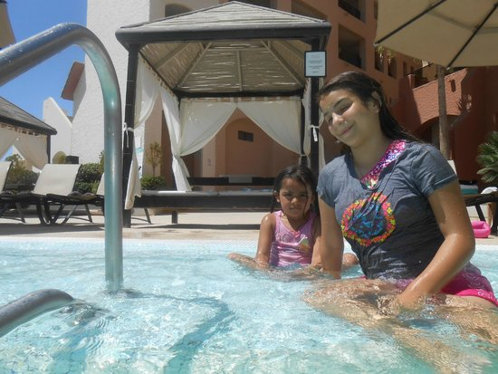 Penasco Del Sol Hotel: cooling off