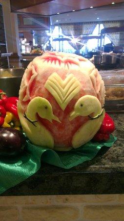ClubHotel Riu Vistamar: Carved Melon
