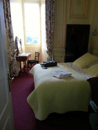 Chateau de Pray: chambre au R-C