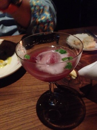 Butter Midtown : Rose sangria with mint & sorbet