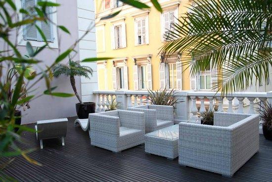 Hotel Beau Rivage : Terrasse de la suite junior