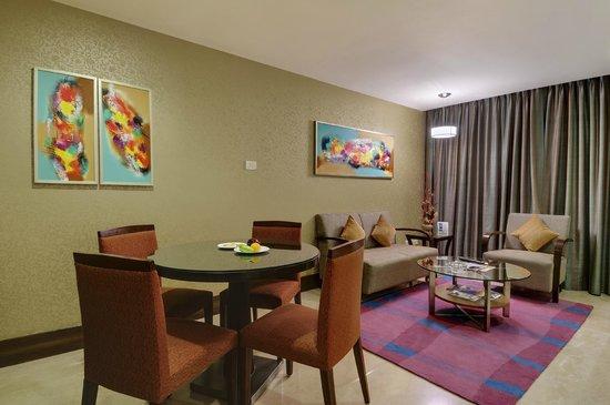Pride Hotel Chennai: Suite room