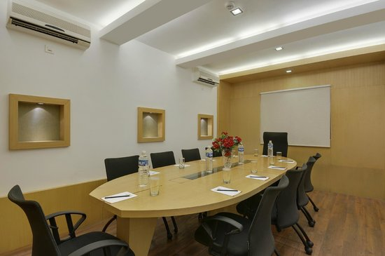 Pride Hotel Chennai: Board Room