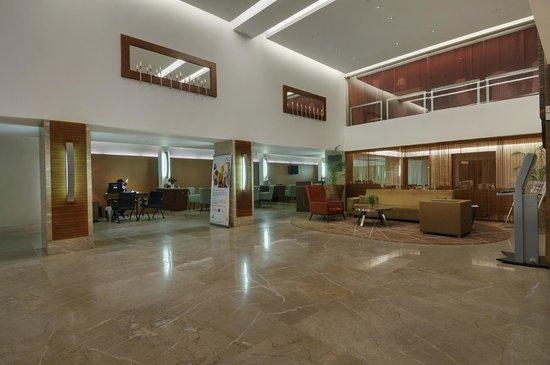 Pride Hotel Chennai: Hotel Lobby