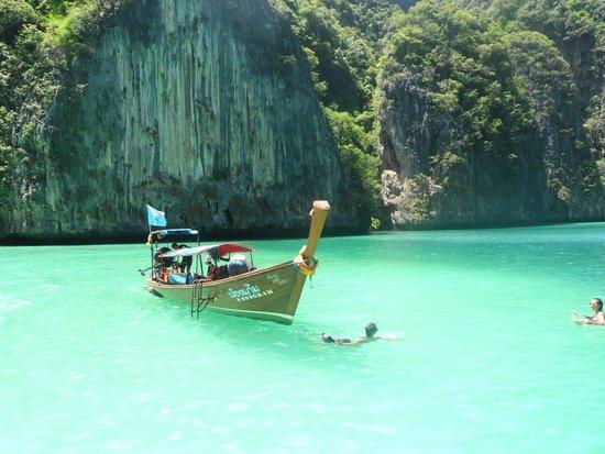 Ban Sainai Resort: Phi Phi Islands