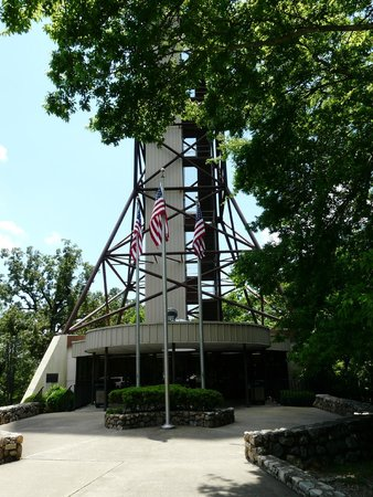 Hot Springs Mountain Tower: Base of the tower
