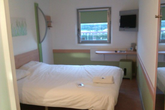 Hotel ibis budget Birmingham Airport: The Room with a double bed