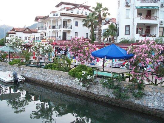 MARTI La Perla Marmaris: Красивый канал