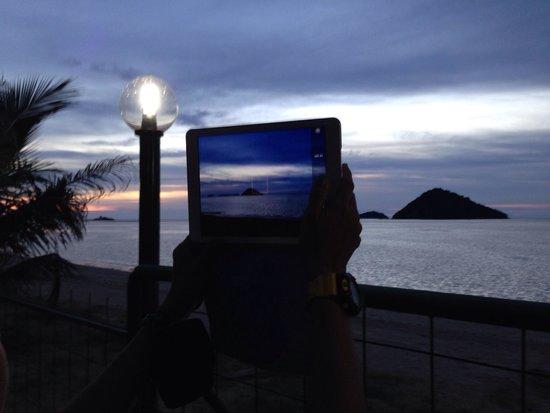 Langkah Syabas Beach Resort : View from the garden..