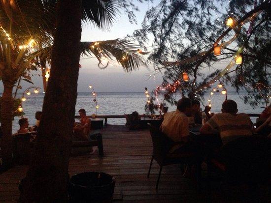 In Touch Resort & Restaurant: Beautiful restaurant