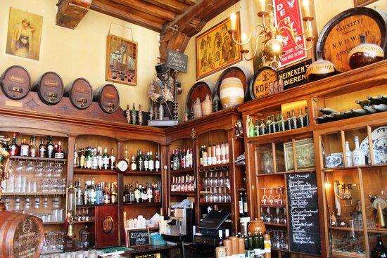 Amsterdam in World War II Walking Tour: Bar