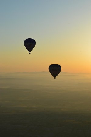 Butterfly Balloons : Beautiful sunrise