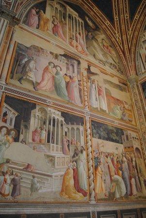 Basilica di Santa Croce: gli affreschi