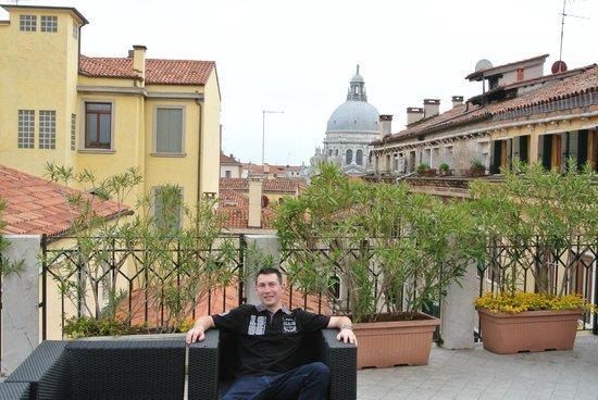 Kette Hotel : Terrasse