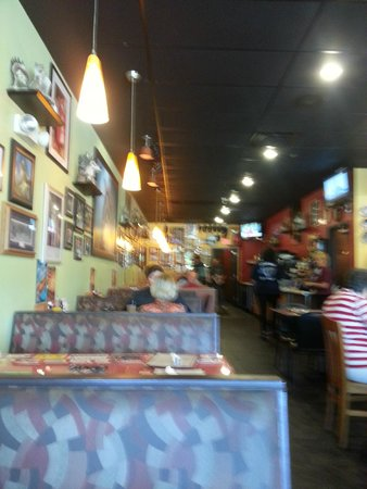 Wolf's Den Restaurant: Wolf's Den Diner