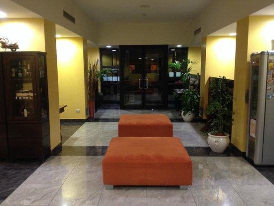 Hotel il Viandante : Entry