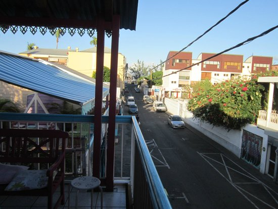 HOTEL DE LA PLAGE : vue de la rue