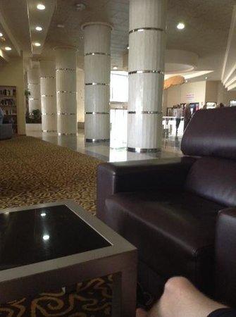 Marconfort Beach Club Hotel: lobby area