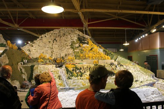 Rocky Mountain Section at the Miniature World of Trains