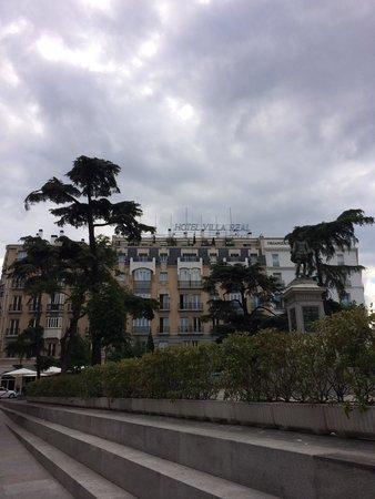 Hotel Villa Real: Hotel Exterior