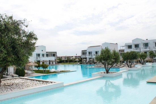Diamond Deluxe Hotel & SPA - Adults Only : Территория отеля