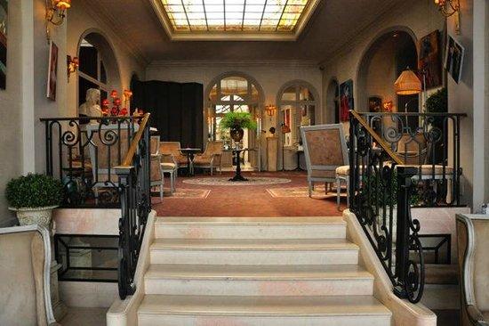 Best Western Grand Monarque : Фойе отеля