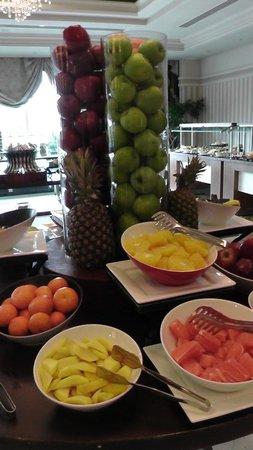 Rixos President Astana Hotel: Angolo frutta