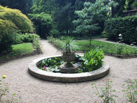 Parkhotel Laurin: Hotel Garden