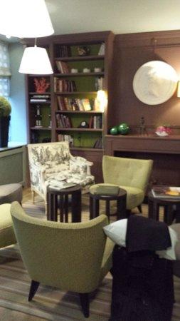Hotel de Londres Eiffel: Lobby