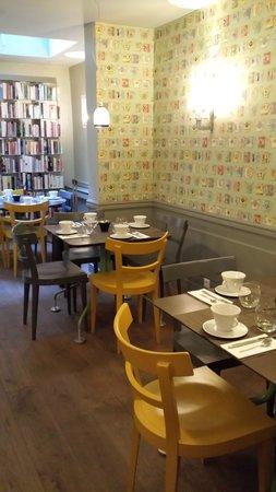 Hotel de Londres Eiffel: Breakfast area